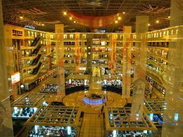 Guangzhou-wholesale-market-docshipper